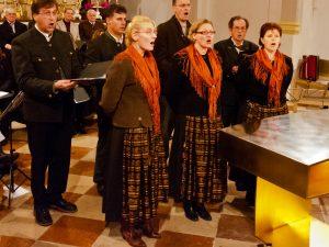 Straßkirchener Sängerinnen und Vogtareuther Mannergsang